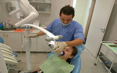 Отбеливание зубов Zoom 4 фото